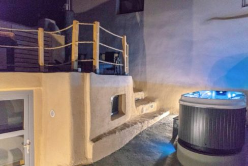 Cave House in Santorini, Cave House for Sale 10