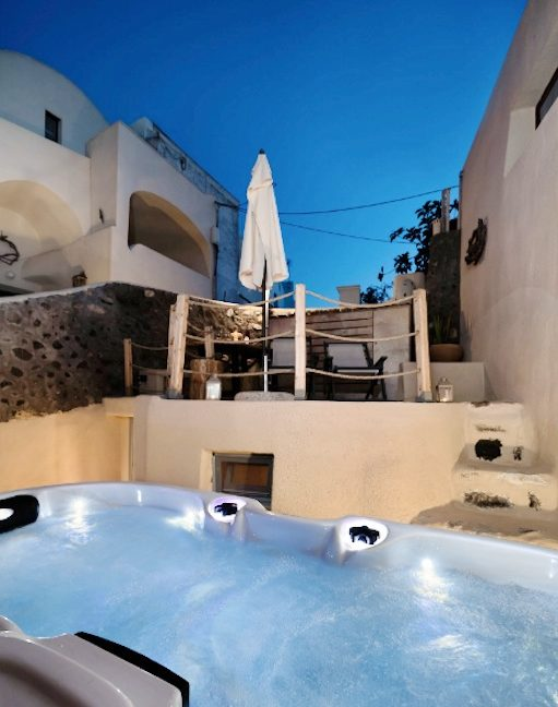 Cave House in Santorini, Cave House for Sale 15