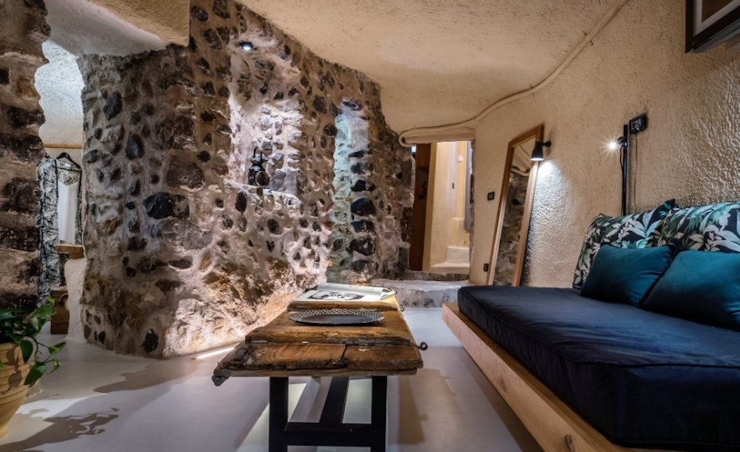 Cave House in Santorini, Cave House for Sale 28