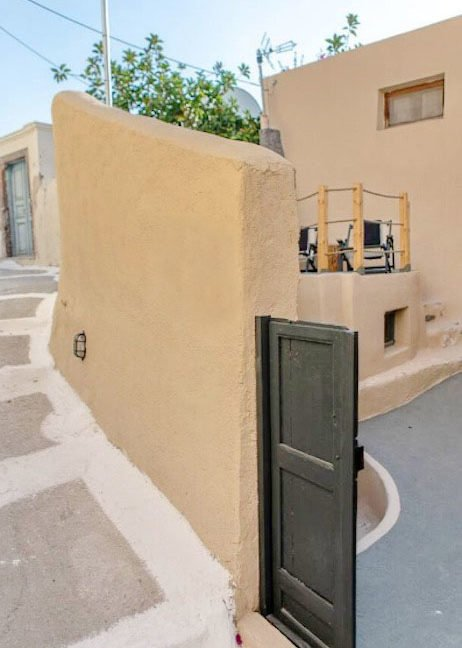 Cave House in Santorini, Cave House for Sale 9