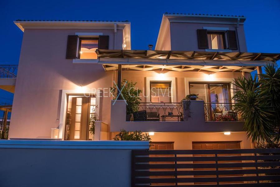 House in the city Center of Lefkada Greece for sale, Property in Lefkada, Buy House in Lefkada 24