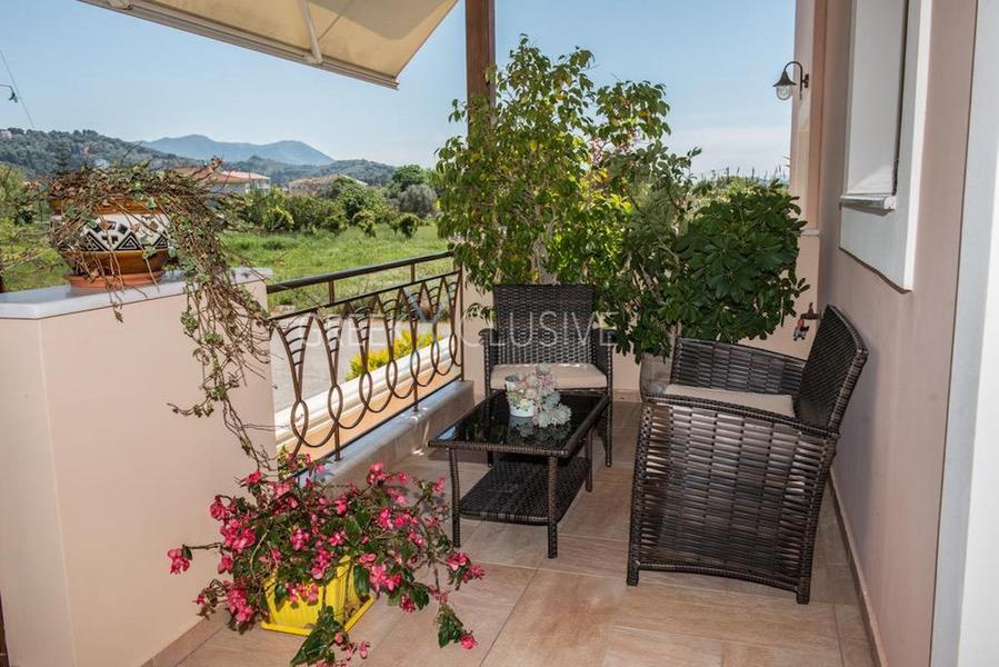 House in the city Center of Lefkada Greece for sale, Property in Lefkada, Buy House in Lefkada 3
