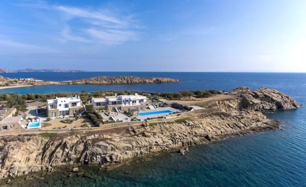 Luxury Seafront Property in Mykonos