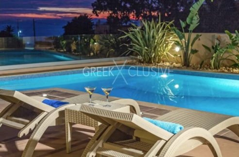 Luxury Villa in South Attica, near Anavyssos, Villa for Sale in South Athens