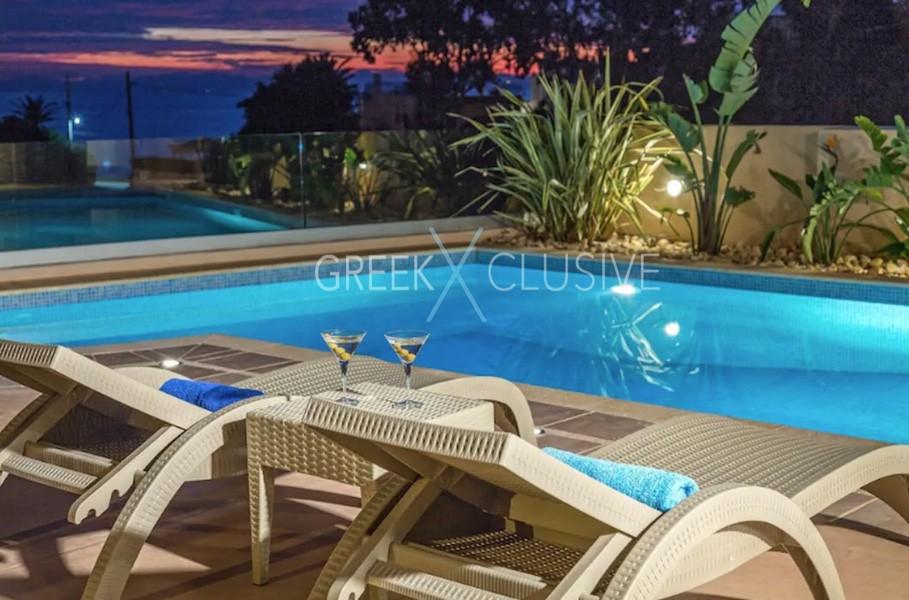 Luxury Villa in South Attica, near Anavyssos, Villa for Sale in South Athens