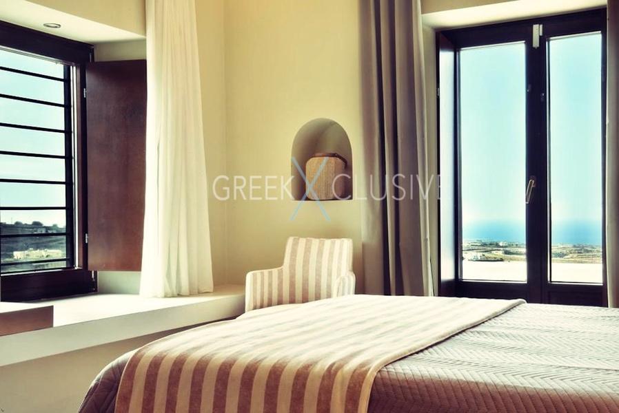 Luxury villa in Santorini for Sale, Real Estate Santorini 1