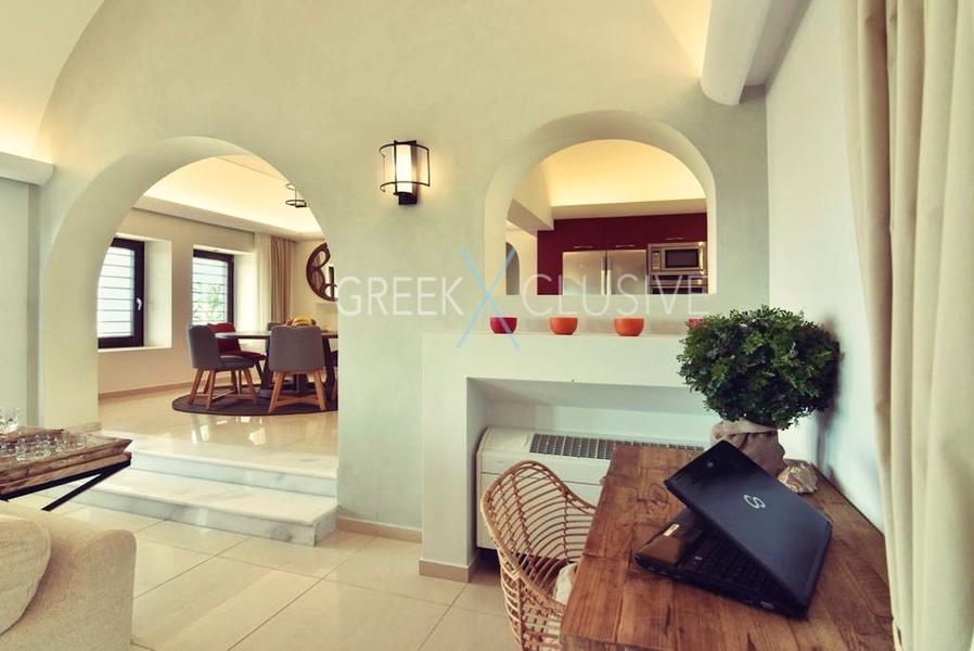 Luxury villa in Santorini for Sale, Real Estate Santorini 10
