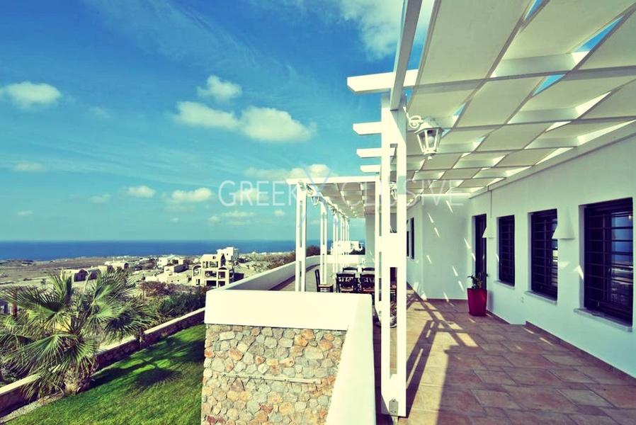 Luxury villa in Santorini for Sale, Real Estate Santorini 12