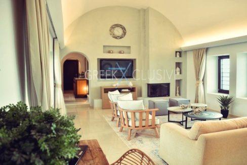 Luxury villa in Santorini for Sale, Real Estate Santorini 16