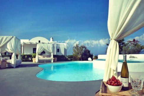 Luxury villa in Santorini for Sale, Real Estate Santorini 21
