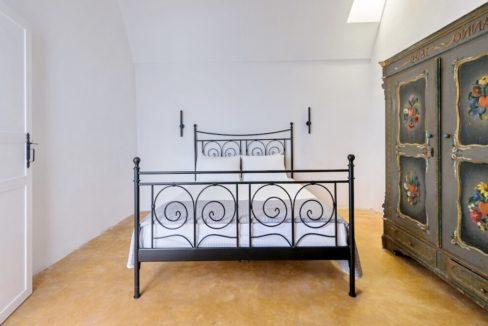 Property in Santorini, Pyrgos 6