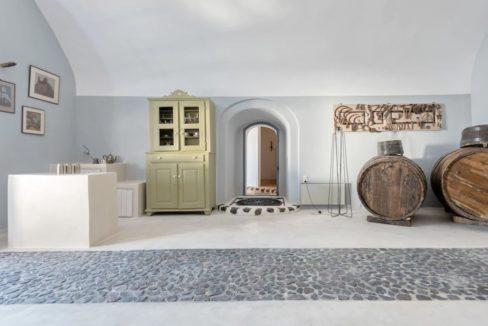 Property in Santorini, Pyrgos 7