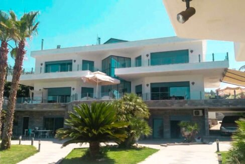 Beachfront Luxury Estate in Chalkidiki, Luxury Villa in Chanioti 10