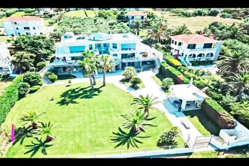 Beachfront Luxury Estate in Chalkidiki, Luxury Villa in Chanioti 13