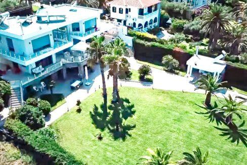Beachfront Luxury Estate in Chalkidiki, Luxury Villa in Chanioti 19