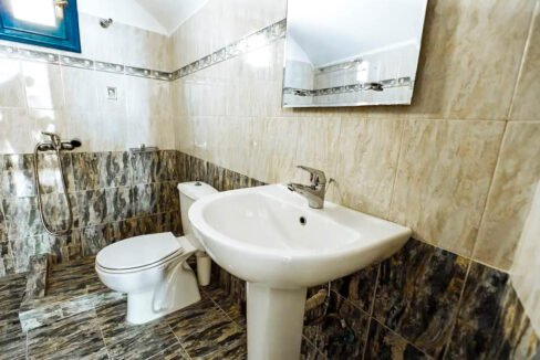House for Sale in Oia Santorini with Good Rental Income, Real Estate Office in Santorini 15