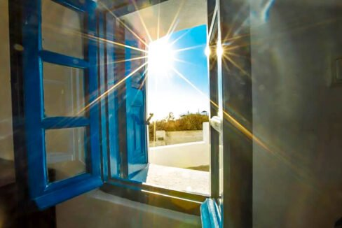 House for Sale in Oia Santorini with Good Rental Income, Real Estate Office in Santorini 16