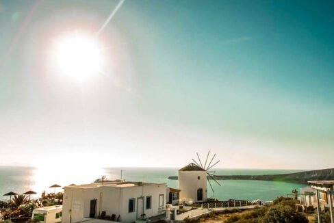 House for Sale in Oia Santorini with Good Rental Income, Real Estate Office in Santorini 19