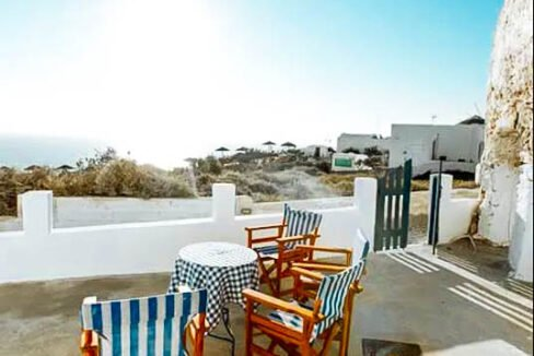 House for Sale in Oia Santorini with Good Rental Income, Real Estate Office in Santorini 20