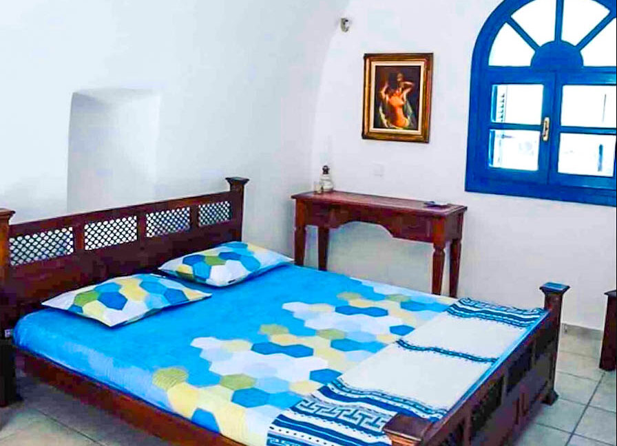 House for Sale in Oia Santorini with Good Rental Income, Real Estate Office in Santorini 8