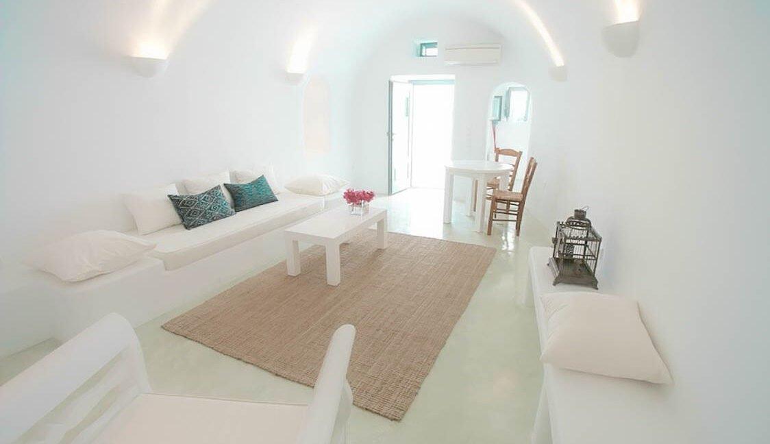 Luxury Cave Houses at Caldera Santorini, Cave in Ia Santorini, Santorini Real Estate 3