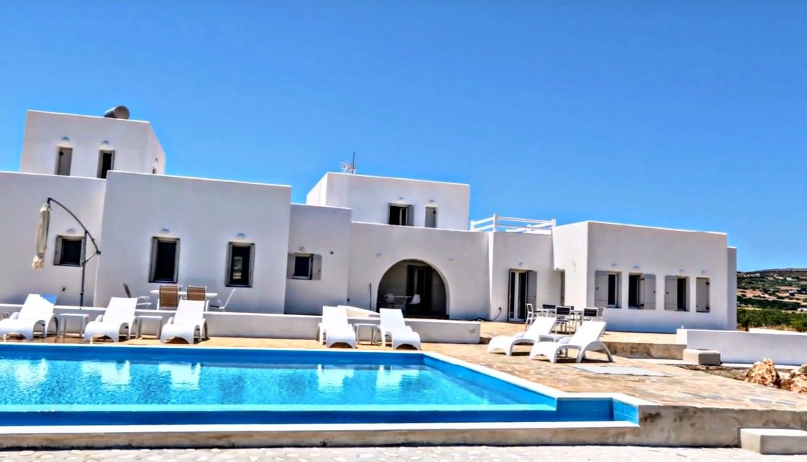 Maisonettes with sea view in Paros, Real Estate Paros Greece 11