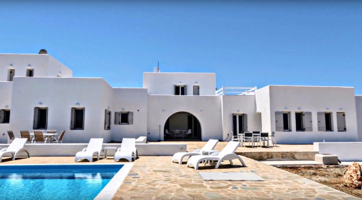 Maisonettes with sea view in Paros, Real Estate Paros Greece 15