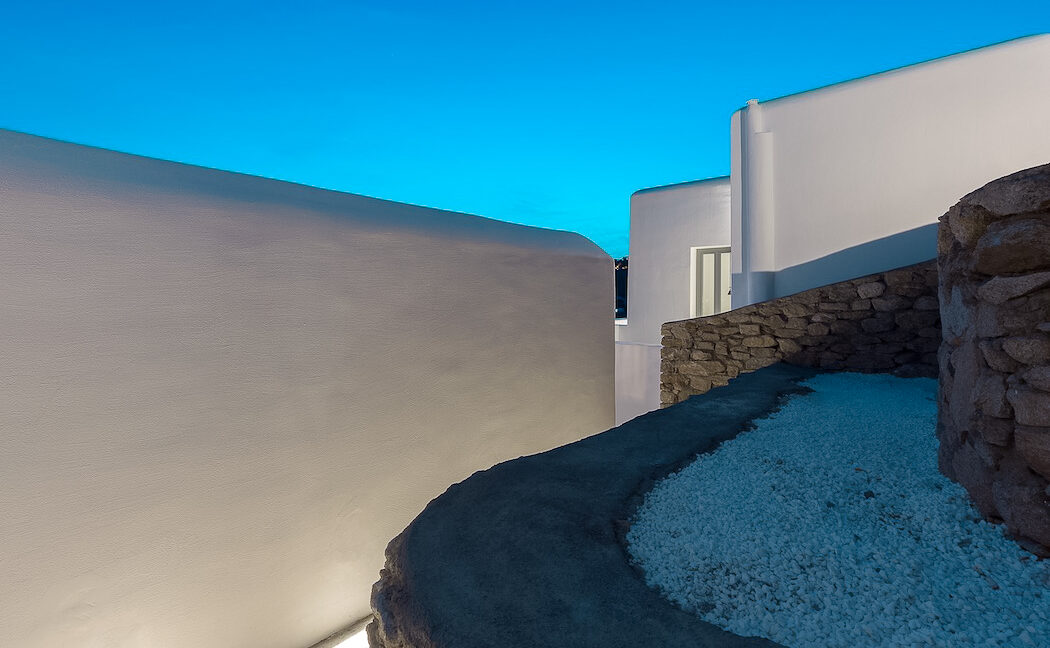 Modern Villa with amazing sea View in Mykonos 32