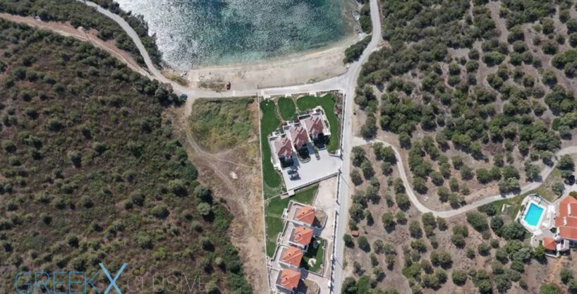 Property by the sea Neos Marmaras, near Porto Carras Sithonia
