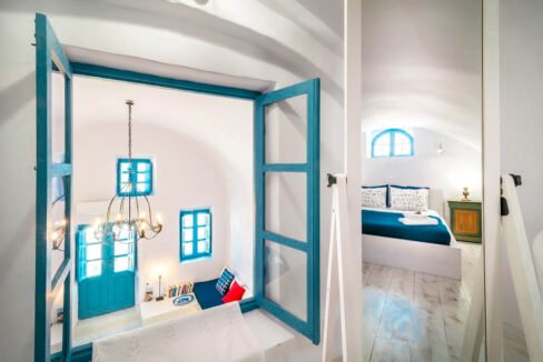Small Hotel for Sale Finikia Oia Santorini, Hotel Sales Santorini 6