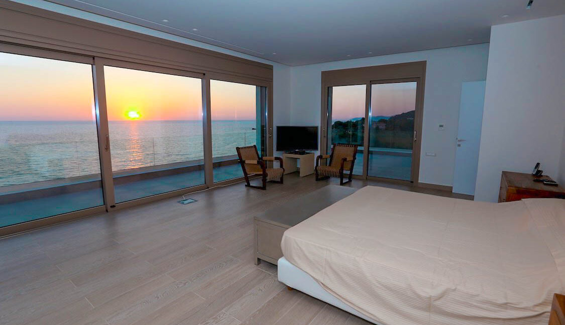 Super Waterfront Villa in Corfu Island, Corfu Homes, Property Corfu Greece 8