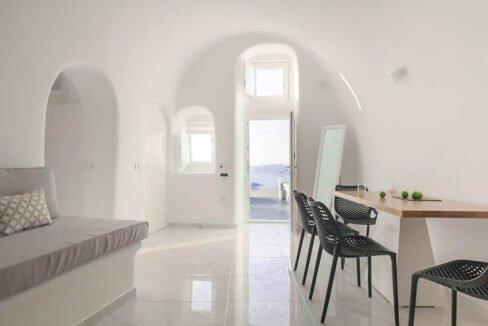 Villa For Sale in Santorini Island. Cave House Imerovigli Santorini 10