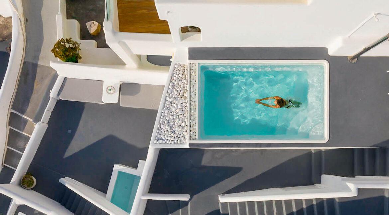 Villa For Sale in Santorini Island. Cave House Imerovigli Santorini 13