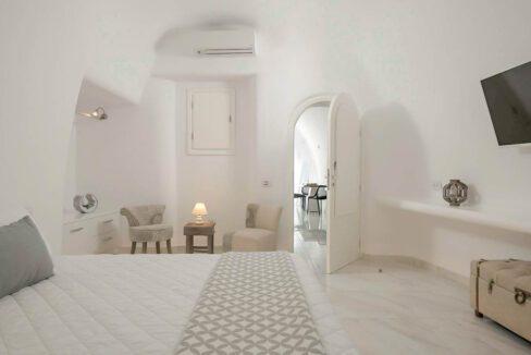 Villa For Sale in Santorini Island. Cave House Imerovigli Santorini 2