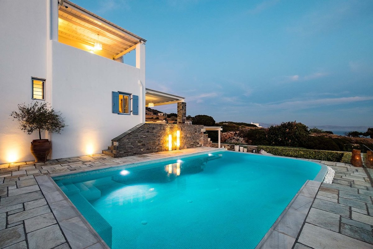 Villa for sale in Paros, Ability to Built more Sq.Meters