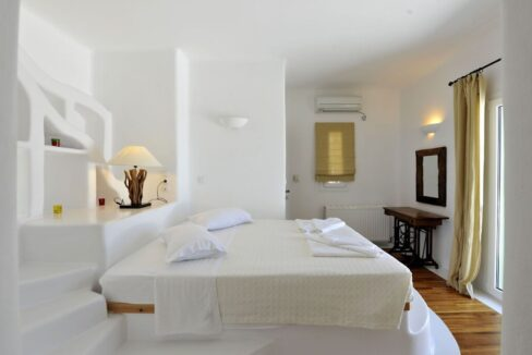 Villa in Paros with panoramic views. Luxury Estates in Paros Greece, Luxury Properties Paros Greece 9