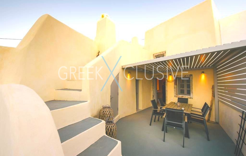 Villa in Pyrgos Santorini , Property in Santorini