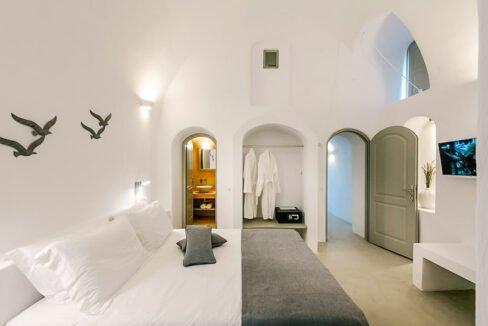 Villa in Pyrgos Santorini operating as hotel, Property in Santorini 5