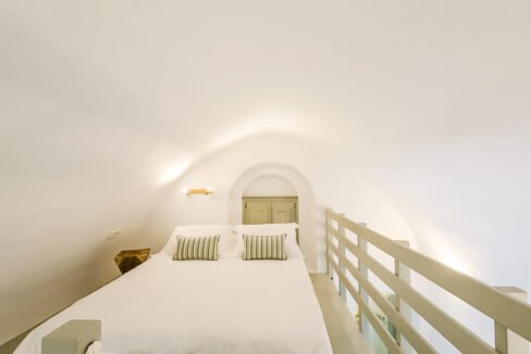 Villa in Pyrgos Santorini operating as hotel, Property in Santorini 8