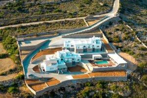 villas for sale in Paros, Paros Real Estate