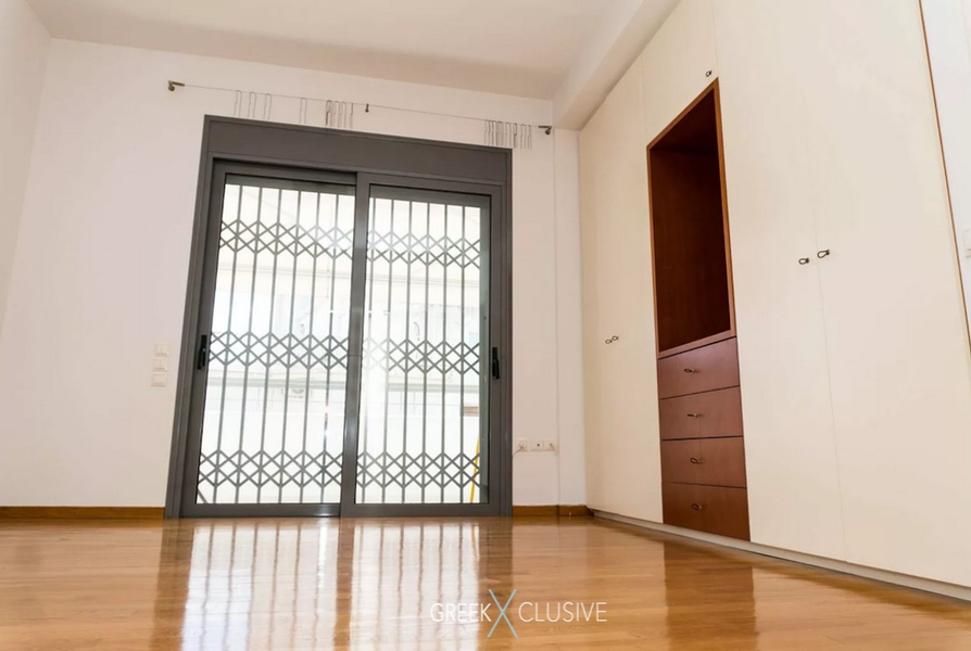 Glyfada Center Luxury Apartment for sale in Athens 7