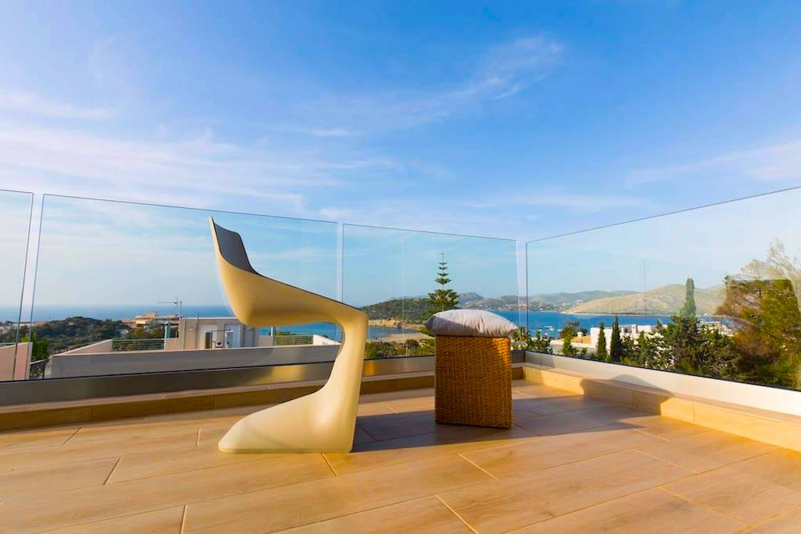 Excellent Property with Sea View in South Athens, Anavyssos