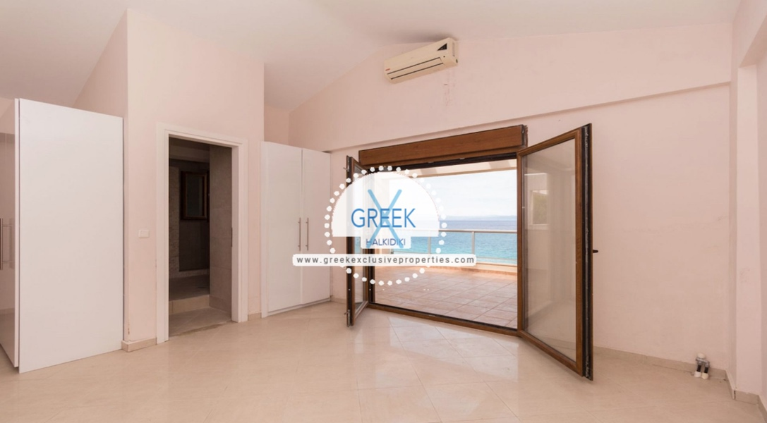 Seafront House for Sale Kassandra Halkidiki, Sea View House Halkidiki 31