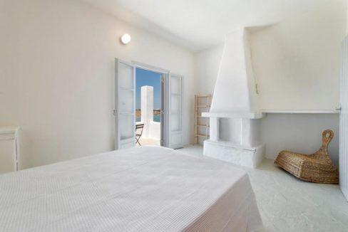 Seafront Villa in Paros Greece, Villas in Paros 2