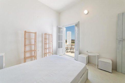 Seafront Villa in Paros Greece, Villas in Paros 20