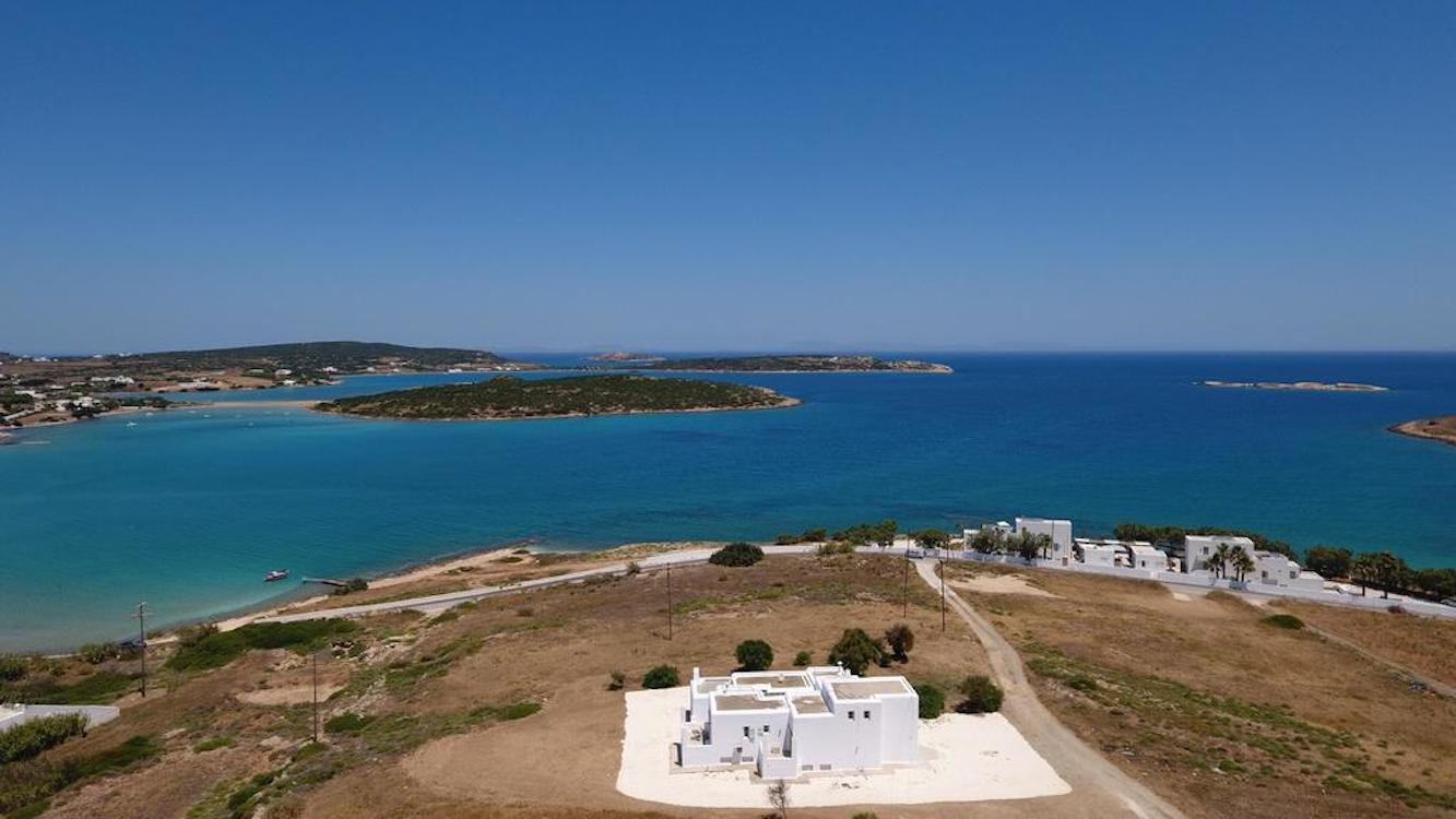 Seafront Villa in Paros, Excellent Opportunity
