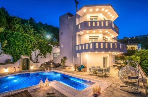 Villa for sale in Irakleio Crete, Sea View Villa for Sale