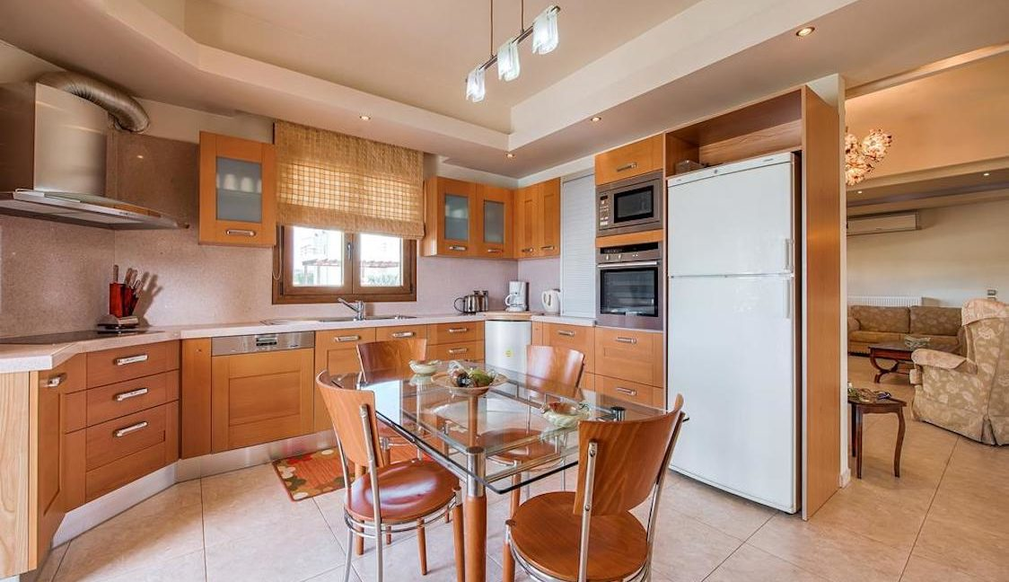 Property in Rhodes with Pool near the sea, Greek Properties 15