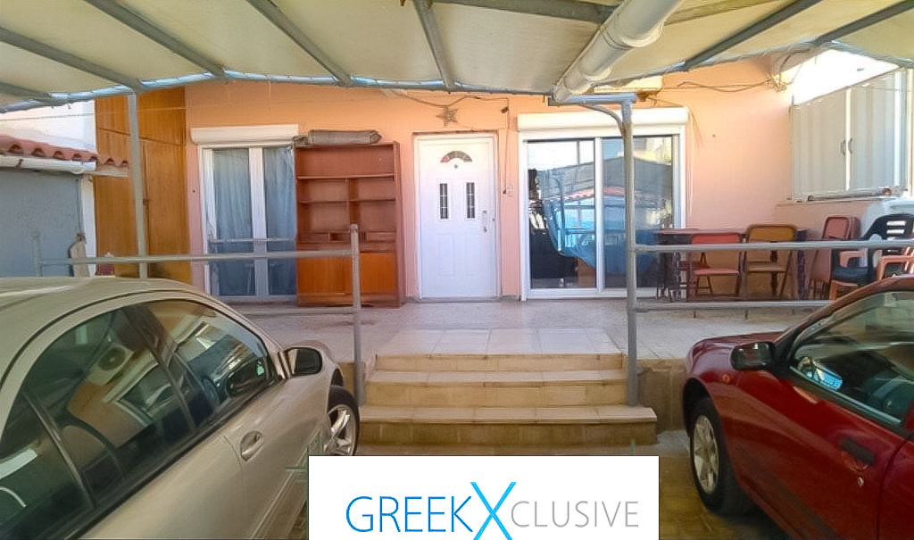 Seafront-House-Corinthos-in-amazing-price-1-2