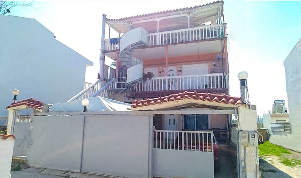 Seafront-House-Corinthos-in-amazing-price-2-2